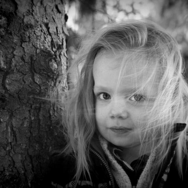 black and white – Emily Schwank,photographer(Raincliffs